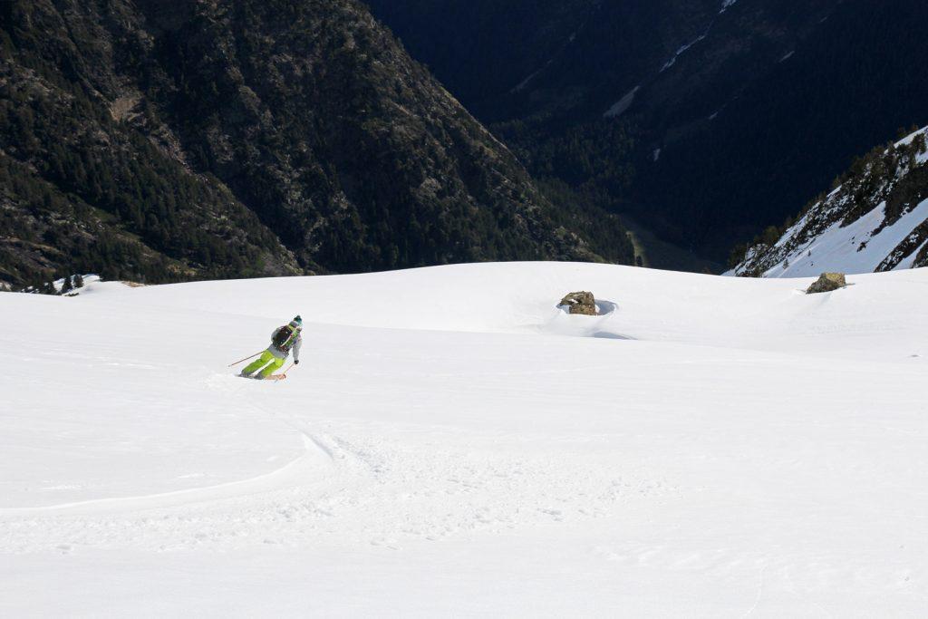 Du bon ski au-dessus de la vallée